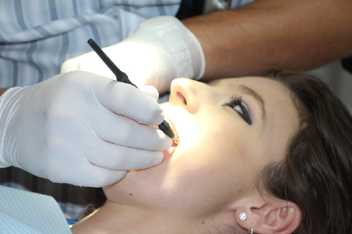 grinding of teeth